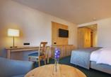 Beispielhafte Ansicht eines Doppelzimmers Standard im Maritim Hotel Titisee
