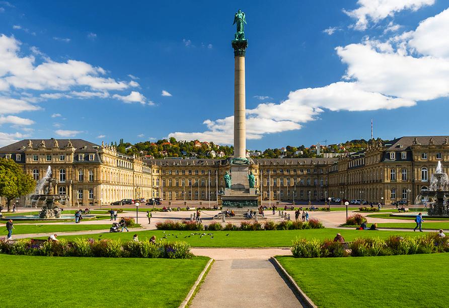 Der Herzog Carl Eugen von Württemberg wollte Stuttgart mit dem Neuen Schloss zu einem zweiten Versailles machen.
