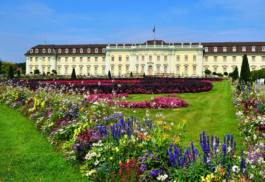 Auch die weitläufige Gartenanlage rund um das Residenzschloss Ludwigsburg lädt zum Erkunden ein.