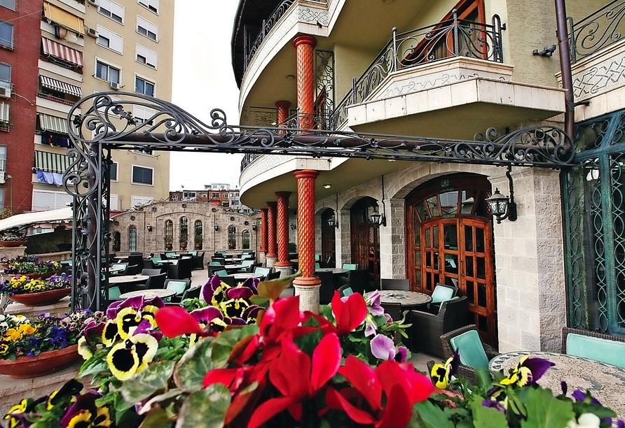 Rundreise durch Albanien, Beispielhotel Dinasty Tirana