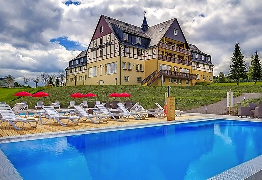 Panorama Berghotel Wettiner Höhe in Seiffen Erzgebirge, Pool