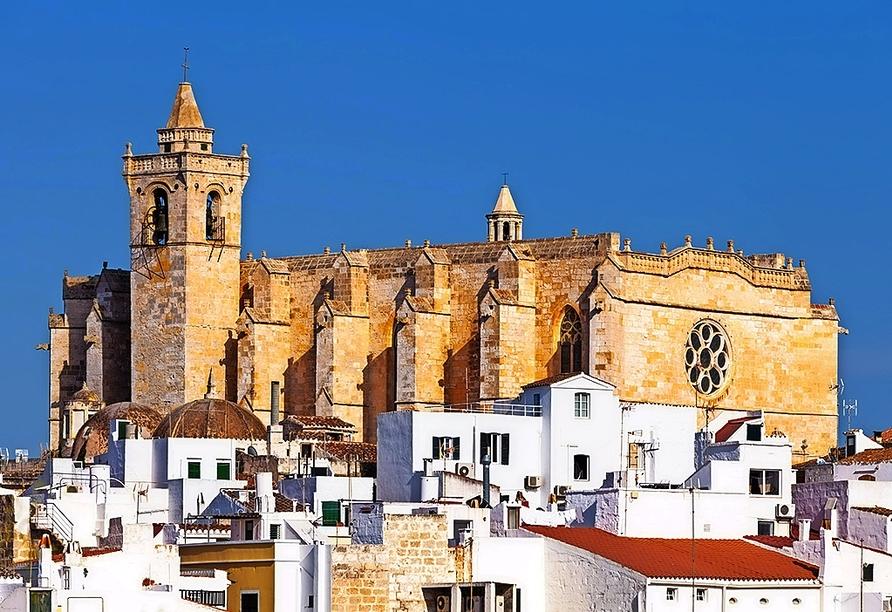 Die Kathedrale Santa Maria de Ciutadella ist das bedeutendste gotische Bauwerk der Baleareninsel Menorca.