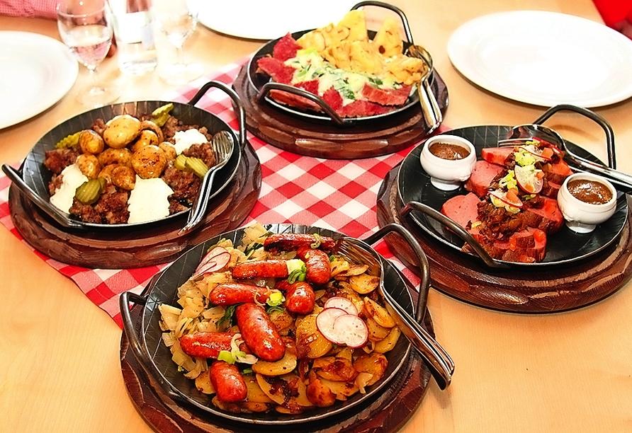 Leckere Gerichte gibt es in der Silbersee-Alm.
