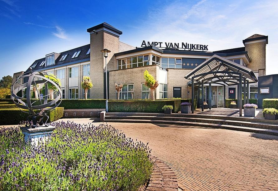 Außenansicht vom Hotel Golden Tulip Ampt van Nijkerk