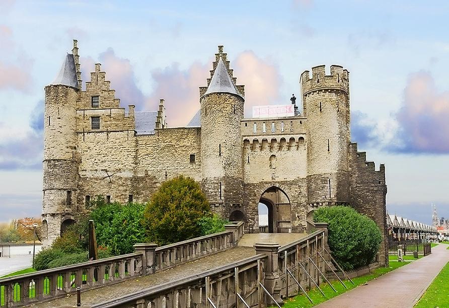 DCS Amethyst, Burg Steen Antwerpen
