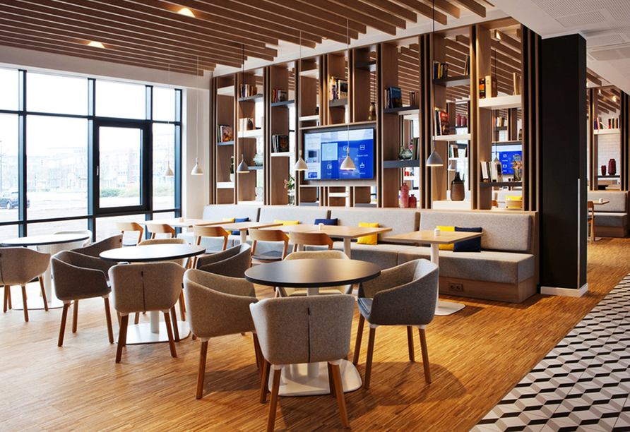 Das gemütlich moderne Ambiente des Holiday Inn Express Kaiserslautern lädt zum Verweilen ein.