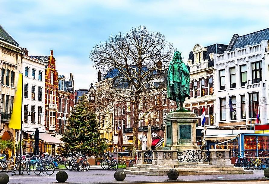 In Den Haag gibt es einiges zu entdecken – wie die Statue von Johan de Witt.