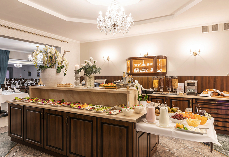 Hotel Bernstein in Dabki-Bobolin Ostsee Polen, Buffet