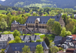 Immer einen Ausflug wert ist das knapp 25 km entfernte Goslar mit der beeindruckenden Kaiserpfalz.