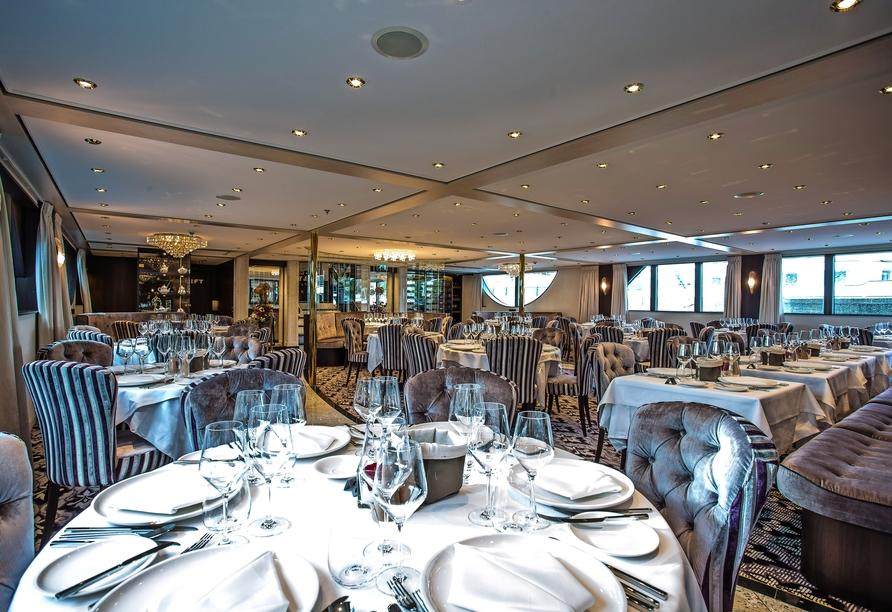 MS Thomas Hardy, Restaurant