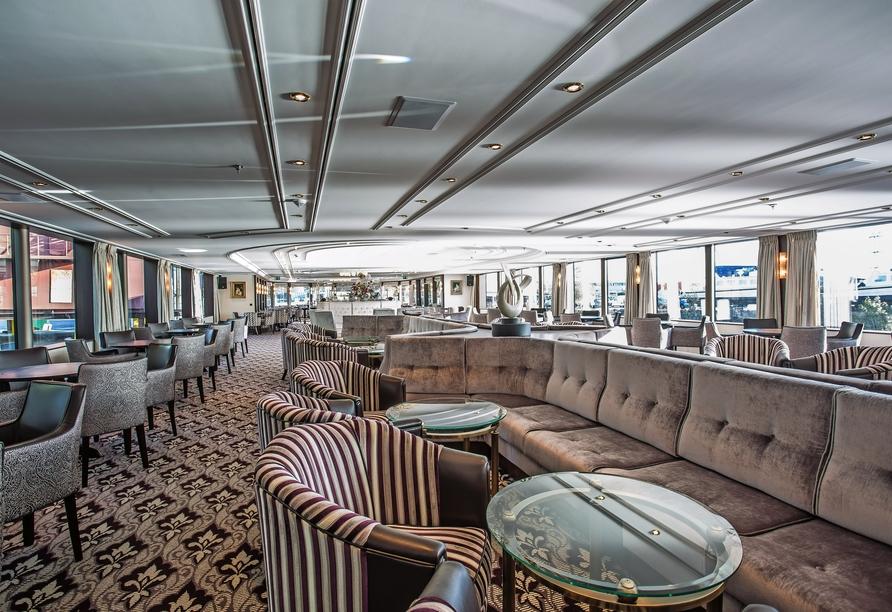 MS Thomas Hardy, Panorama-Salon