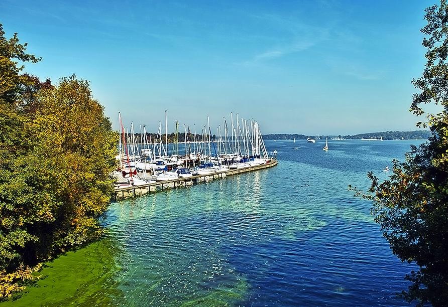 Der große Wannsee liegt nur rund 19 km von Ihrem Hotel entfernt.