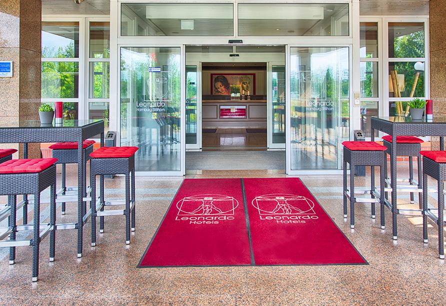 Eingang vom Leonardo Hotel Hamburg-Stillhorn