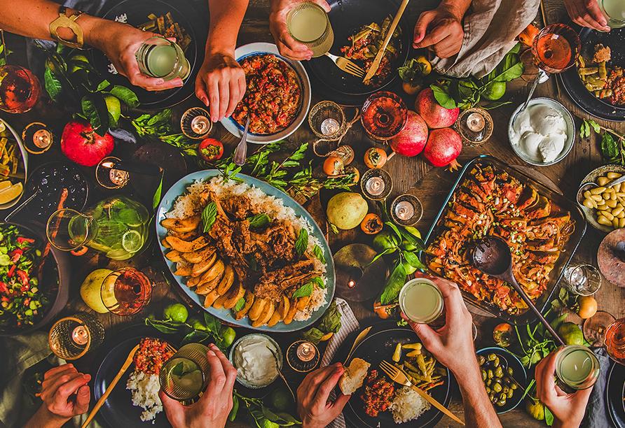 Bunt, vielfältig und für jeden Geschmack etwas dabei - das zeichnet die türkische Küche aus.