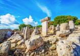 Torralba d'en Salord beheimatet die besterhaltene Taula auf Menorca.