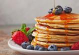 Kanadas Highlights von Ost nach West, Pancakes mit Ahornsirup
