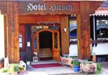 Eingangsbereich des Hotels Hirsch in Bad Peterstal-Griesbach
