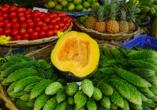 Auf dem Markt in Port Louis gibt es kulinarisch einiges zu entdecken.