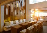 Entspannen Sie im Lounge Bereich des Hotels.