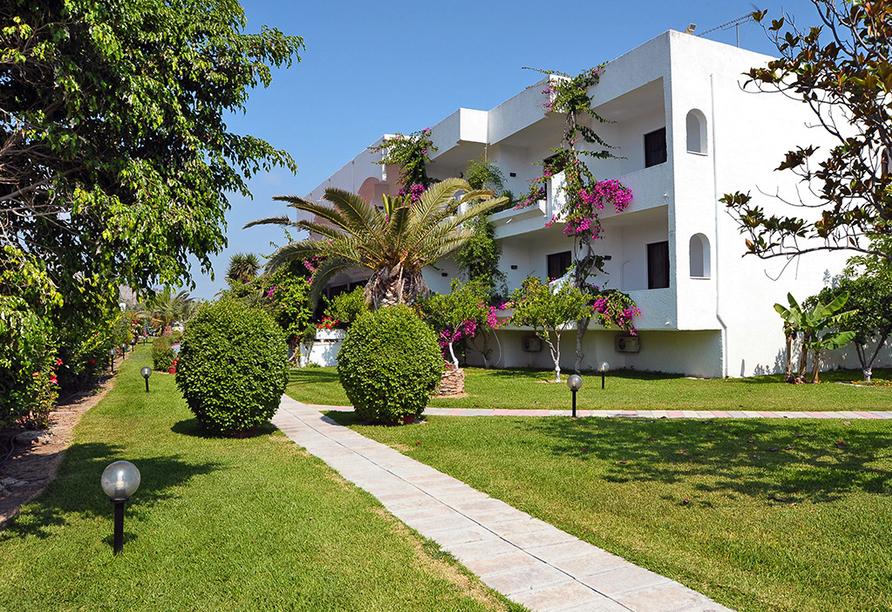 Gartenanlage vom Hotel Tina Flora