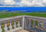 Auf dem Berg El Toro genießen Sie eine atemberaubende Aussicht über die Insel bis zum Meer.