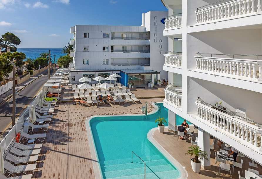 Hotel Sensity Chillout Triton Beach Cala Ratjada, Poolbereich