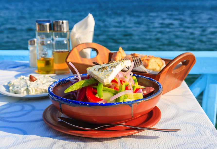 Freuen Sie sich auf leckere griechische Speisen.