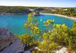 Auch an der traumhaften Bucht Cala Galdana führt Sie Ihre Wanderung vorbei.