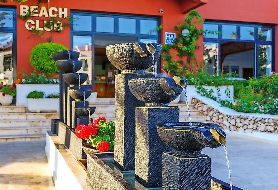 Der Son Parc Beach Club heißt Sie herzlich willkommen!
