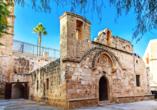 Statten Sie dem historischen Kloster in Ayia Napa einen Besuch ab.