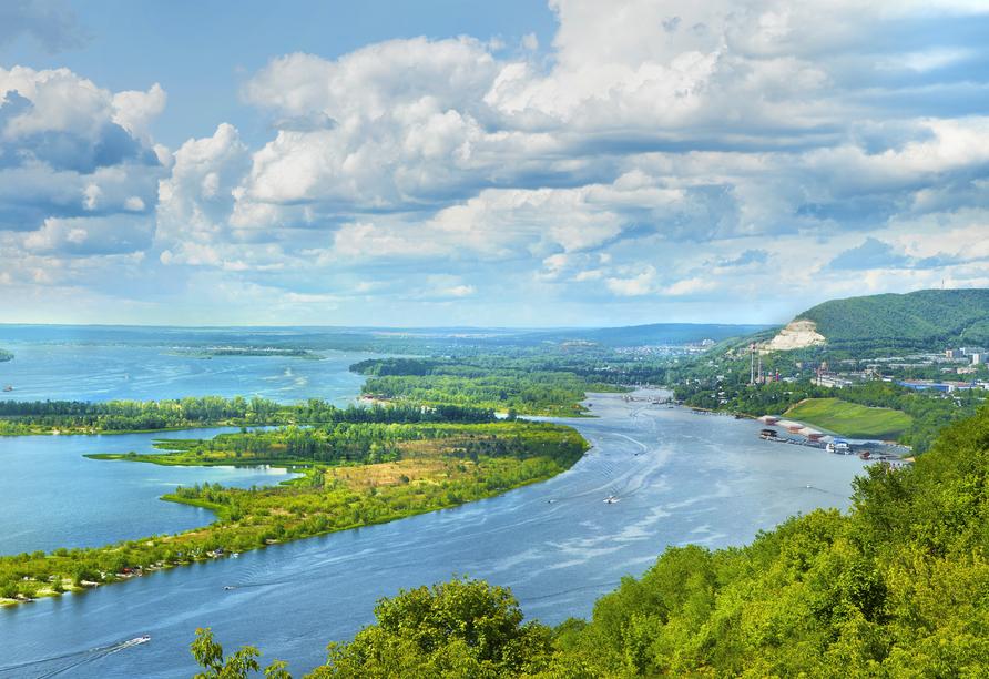 MS Aleksandra, Flusslandschaft Russland