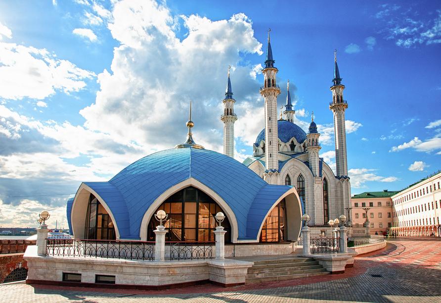 MS Aleksandra, Kul–Scharif–Moschee