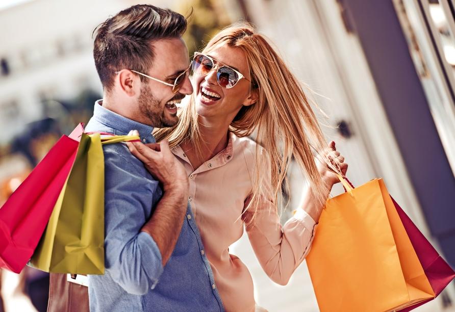 Dorint Sanssouci Berlin/Potsdam, Paar beim Shopping