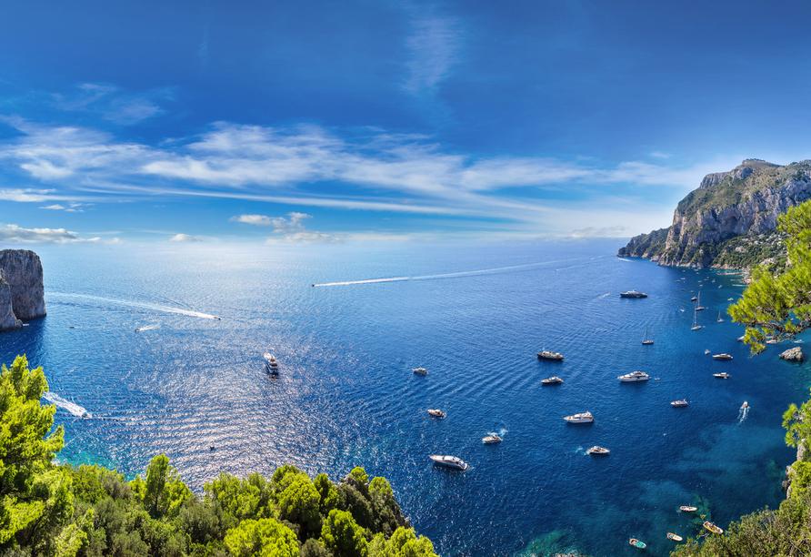 Einen Ausflug nach Capri können Sie optional buchen.
