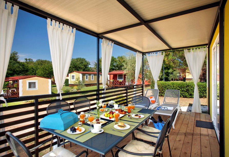 Aminess Holiday Homes Maravea Camping Resort, Terrasse
