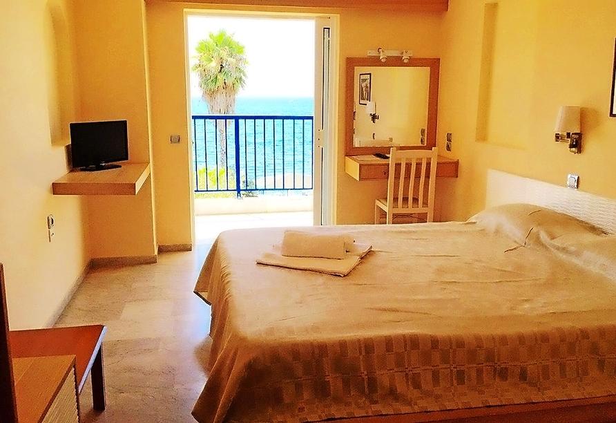 Beispiel eines Doppelzimmers Meerblick im Hotel Golden Sun in Finikounda