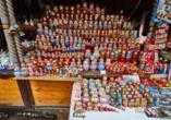 Auf dem berühmten Flohmarkt Izmaïlovo finden Sie garantiert ein schönes Mitbringsel.