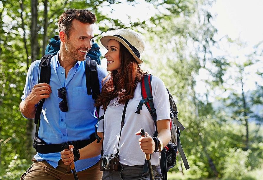 Erkunden Sie die Region rund um Ihren Urlaubsort Leonberg bei einer Wanderung.