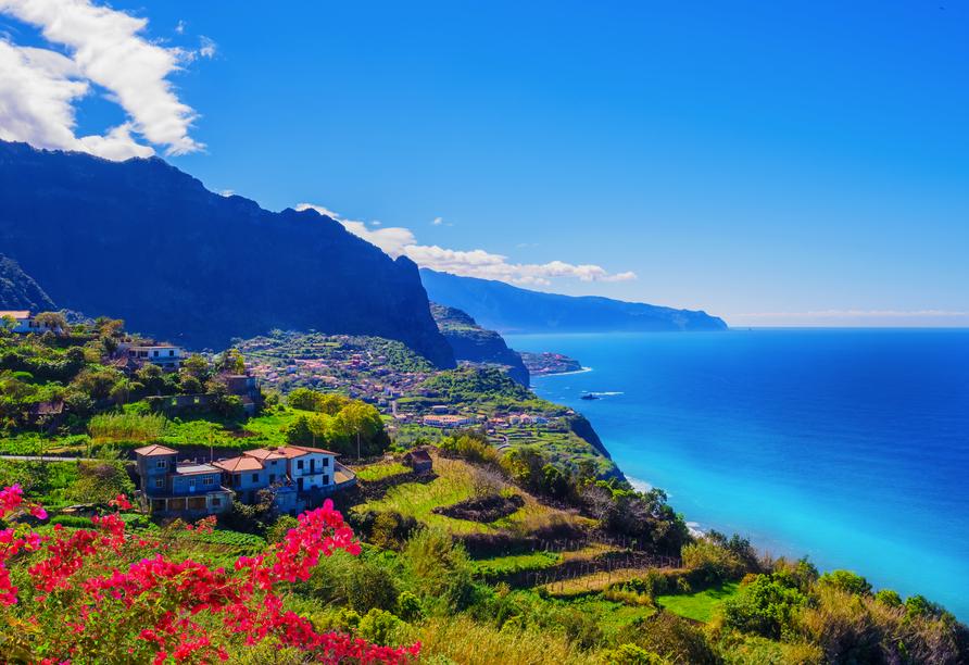 Madeira begeistert mit atemberaubenden Ausblicken.