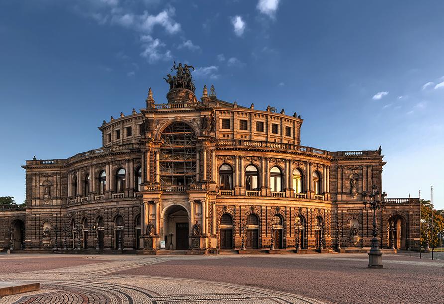 Autorundreise Ostdeutschland, Semperoper Dresden