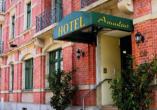 Autorundreise Ostdeutschland, Hotel Amadeus Dresden Außenansicht