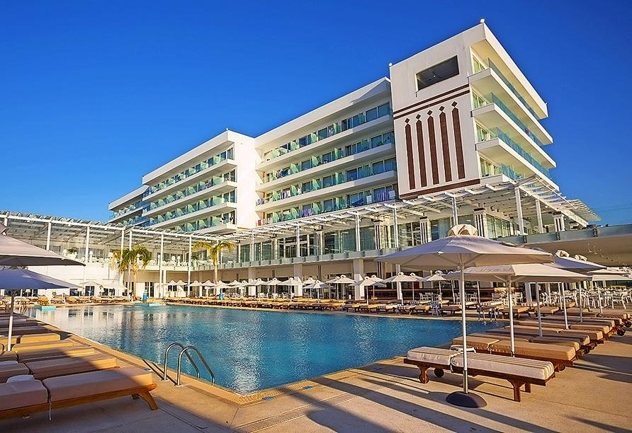 Ihr Hotel – das Constantinos the Great Beach Hotel in Protaras.