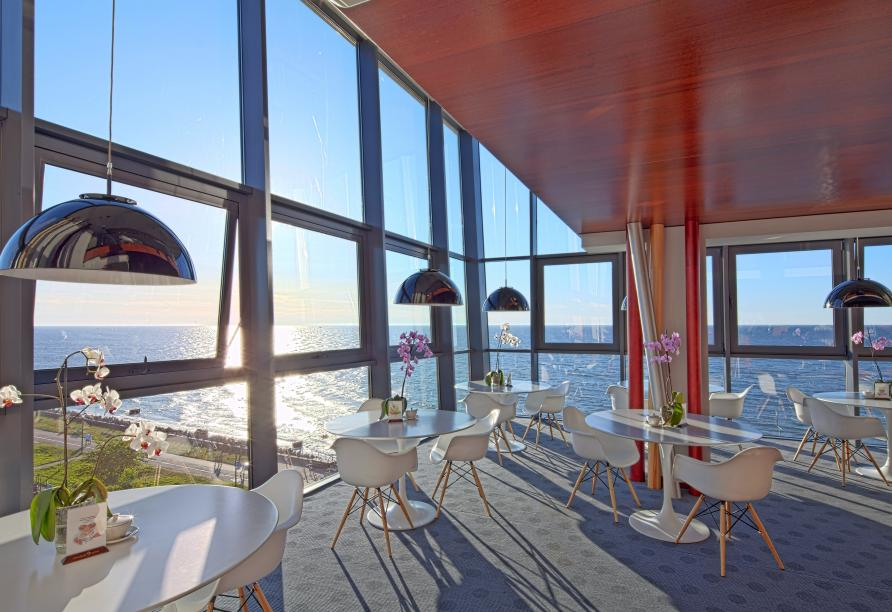 Marine Hotel Kolberg, Polnische Ostsee, Café