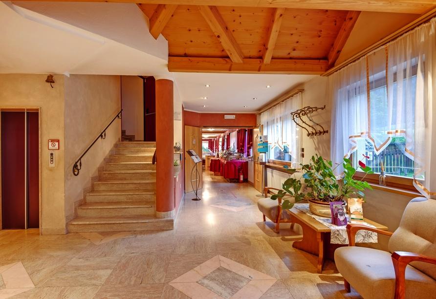 Hotel Koflerhof in Rasen, Eingangsbereich