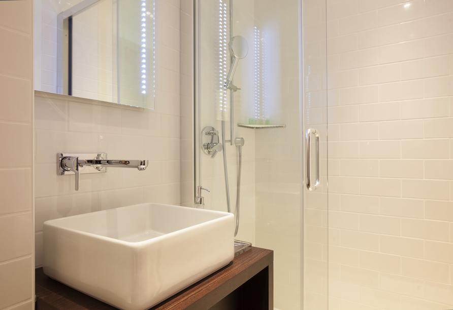 Hotel Bellevue Wiesen, Beispiel Bad Standard und Classic Zimmer