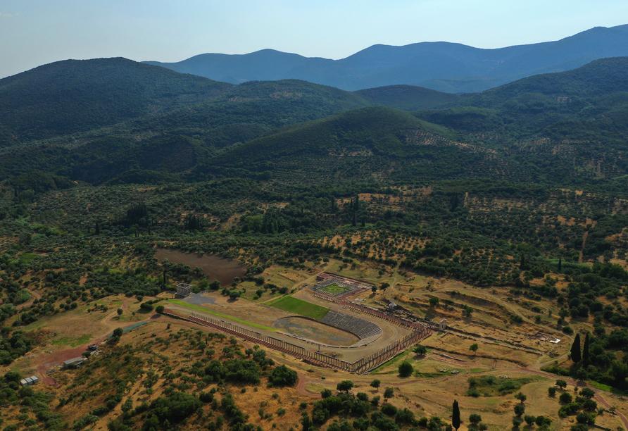 Wie gewaltig die Ausgrabungsstätte in der Nähe des Dorfes Mavromati ist, sieht man erst auf einer Luftaufnahme.