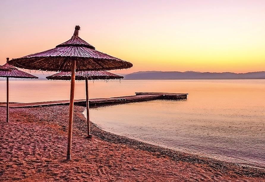 Die Sonnenuntergänge an den schönen Stränden Korfus sind wundervolle Fotomotive.