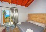 Beispiel eines Doppelzimmers mit Meerblick im Hotel Blue Princess Beach Resort