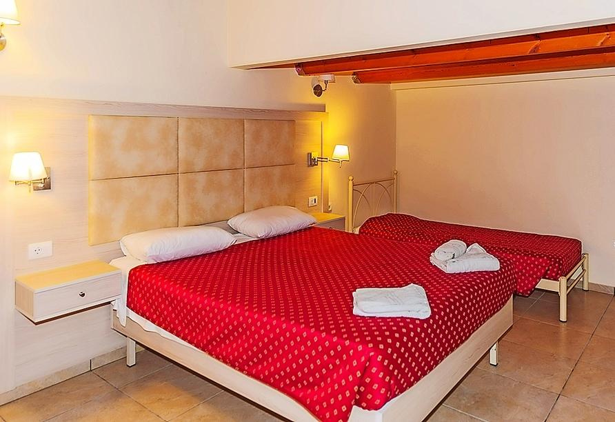 Beispiel eines Doppelzimmers Gartenseite im Hotel Blue Princess Beach Resort