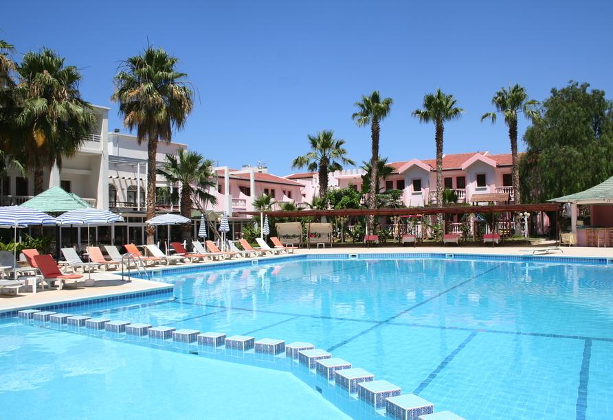 Nordzypern Rundereise, LA Hotel & Resort, Pool Beispielhotel